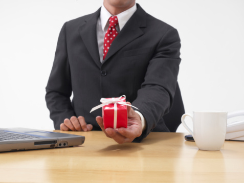 Советы начальству. Какие подарки дарить сотрудникам