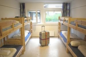 Плюсы и минусы проживания в хостелах