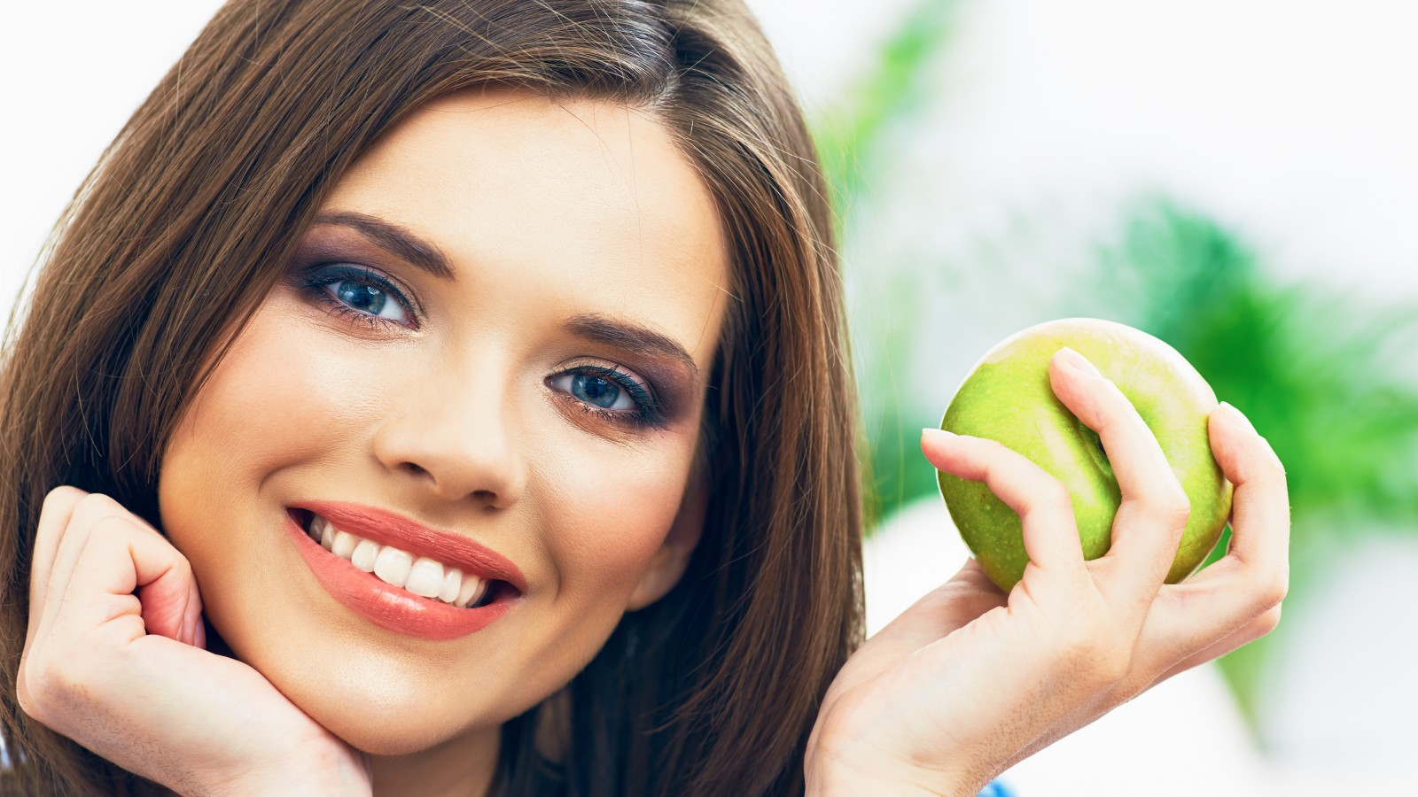 Как правильно следить за здоровьем зубов?